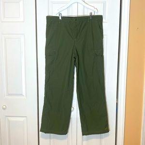 Nike Vintage Nylon Green Wide Leg Cargo Pants L